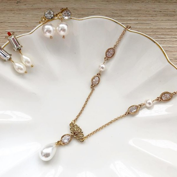 Rhinestone and Pearl Necklace and Swarovski Pearl Clip ons set - Diary of a Miniature Enthusiast