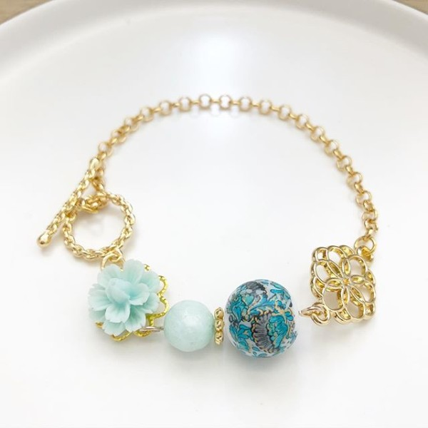 Mint Japanese Tensha Floral Bracelet - Diary of a Miniature Enthusiast