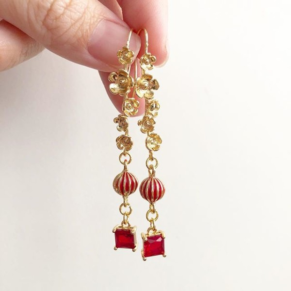 Early Spring Long Earrings - Diary of a Miniature Enthusiast