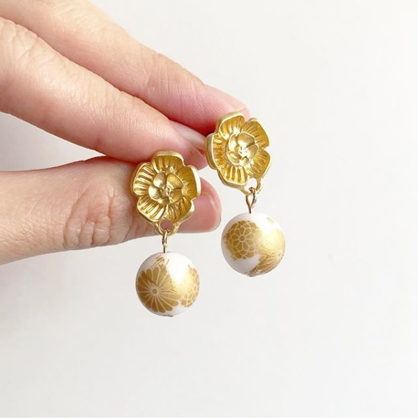 White and Gold Earrings - Diary of a Miniature Enthusiast