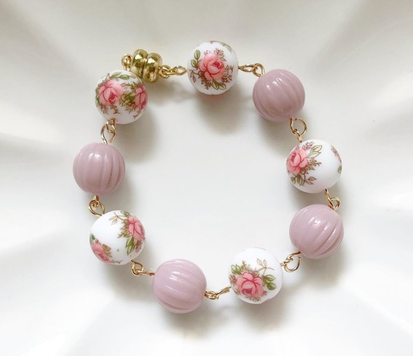 Pastel Pink Rose Bracelet - Diary of a Miniature Enthusiast