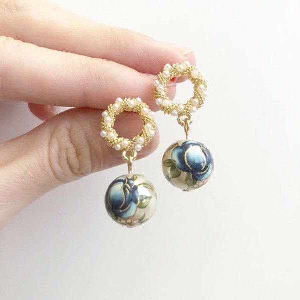 Navy Blue Rose Intricate Pearls Earrings - Diary of a Miniature Enthusiast