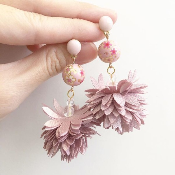 Pink Sakura Dusty Lilac Fairy Bloom Earrings - Diary of a Miniature Enthusiast