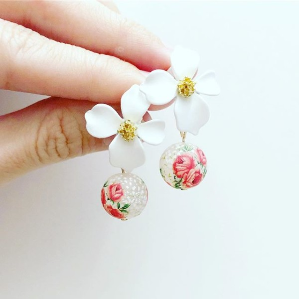 White and Pink Triple Rose Floral Earrings - Diary of a Miniature Enthusiast