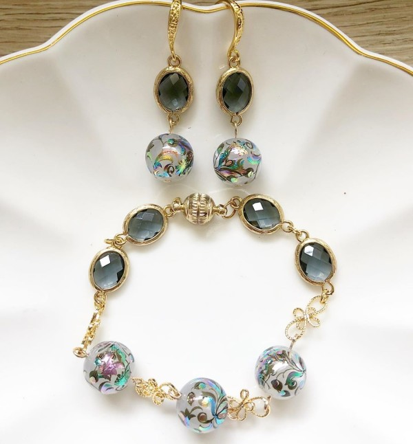Mystic Swirls Opal Faceted Links Set - Diary of a Miniature Enthusiast