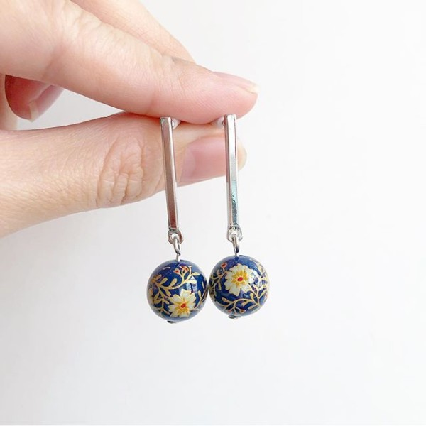Navy Daffodils Earrings - Diary of a Miniature Enthusiast