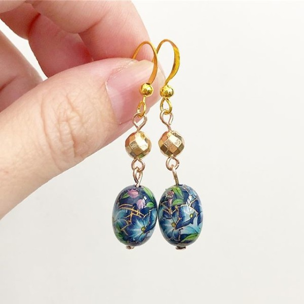 Blue Lilies Earrings - Diary of a Miniature Enthusiast