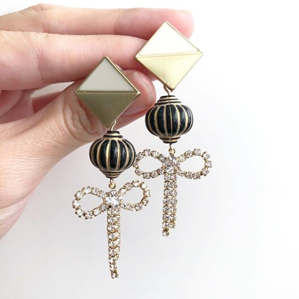 Black Lantern Earrings - Diary of a Miniature Enthusiast