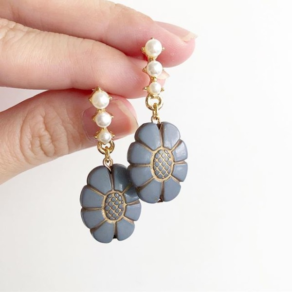 Grey with Pearls Floral Earrings - Diary of a Miniature Enthusiast