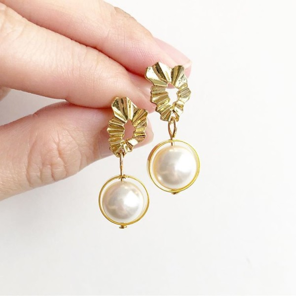 Gold and Pearls Earrings - Diary of a Miniature Enthusiast
