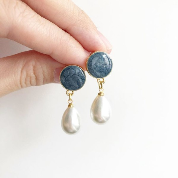 Blue with Pearl Earrings - Diary of a Miniature Enthusiast