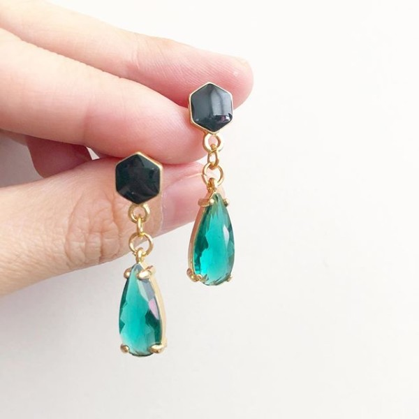 Emerald Lane Teardrop Earrings - Diary of a Miniature Enthusiast