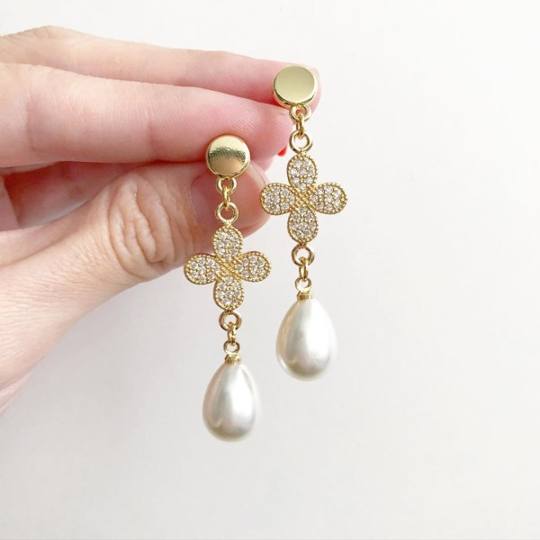 Purity Clover Teardrop Earrings - Diary of a Miniature Enthusiast