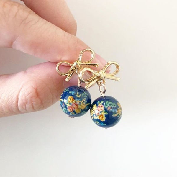 Blue and Gold Bow Floral Earrings - Diary of a Miniature Enthusiast