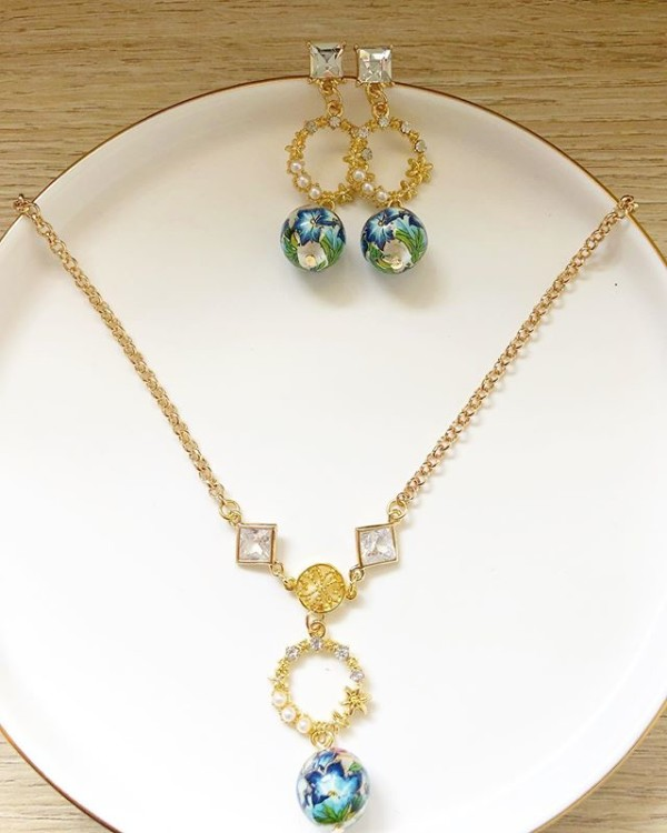 Blue, Gold and Pearls Floral Earrings and Necklace - Diary of a Miniature Enthusiast