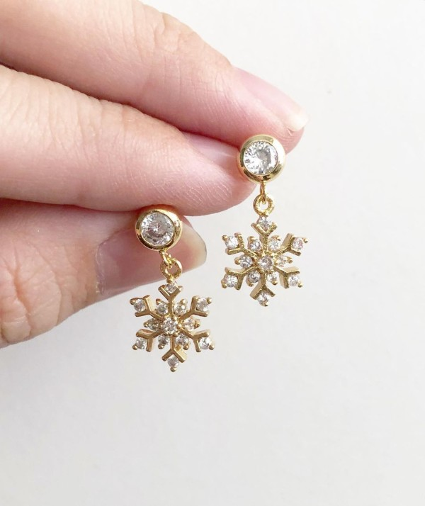 Snowflake II Cubic Zirconia Earrings - Diary of a Miniature Enthusiast