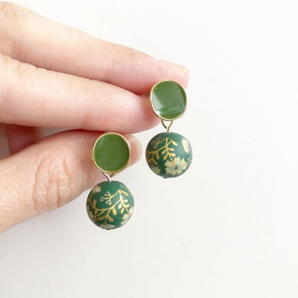 Emerald Green Daffodils Earrings - Diary of a Miniature Enthusiast