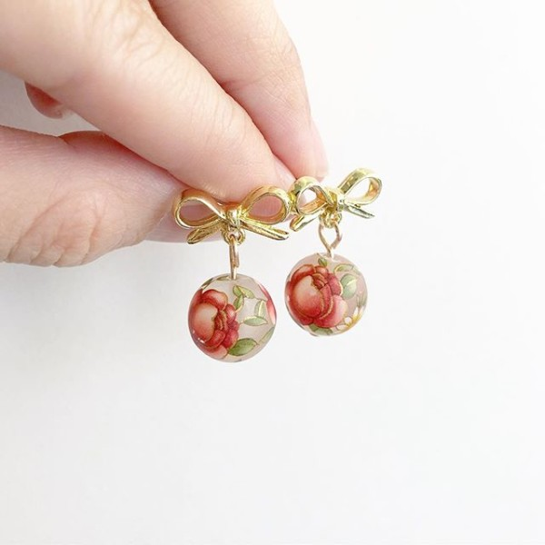 Red and Gold Bow Floral Earrings - Diary of a Miniature Enthusiast