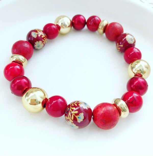 Explosive Red and Gold Floral Bracelet - Diary of a Miniature Enthusiast