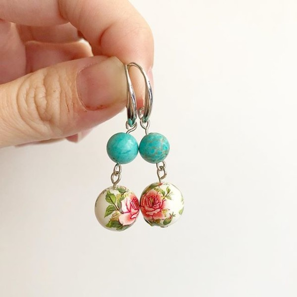 Rose Tensha with Turquoise Beads Earrings - Diary of a Miniature Enthusiast
