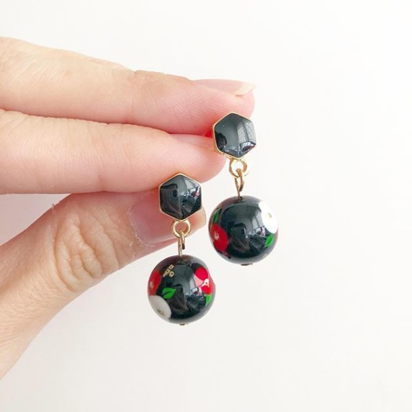 Red Poppy on Black Earrings - Diary of a Miniature Enthusiast