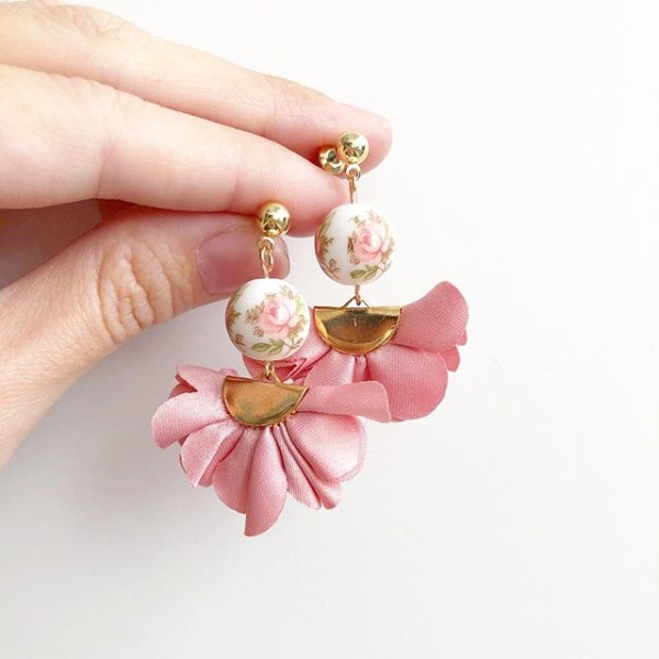 Pastel Pink Rose Flare Earrings - Diary of a Miniature Enthusiast