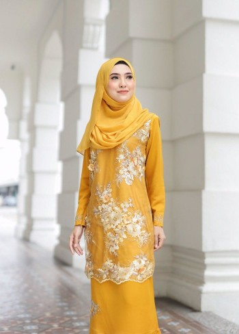 KURUNG AMEERA EXCLUSIVE WHITE - moff collection