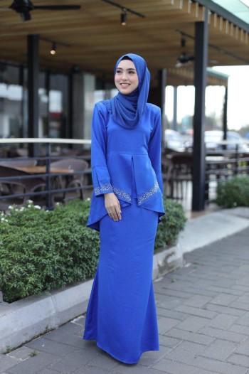 KURUNG PUTRI ROYAL BLUE - moff collection