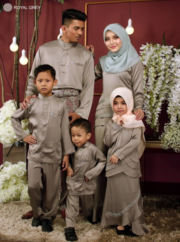 KURUNG GALAU GREY     - moff collection