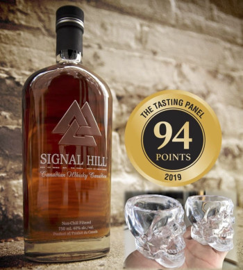 Signal Hill Whisky 750ml (FREE 2 Limited Crystal Head Shot Glasses worth RM80)