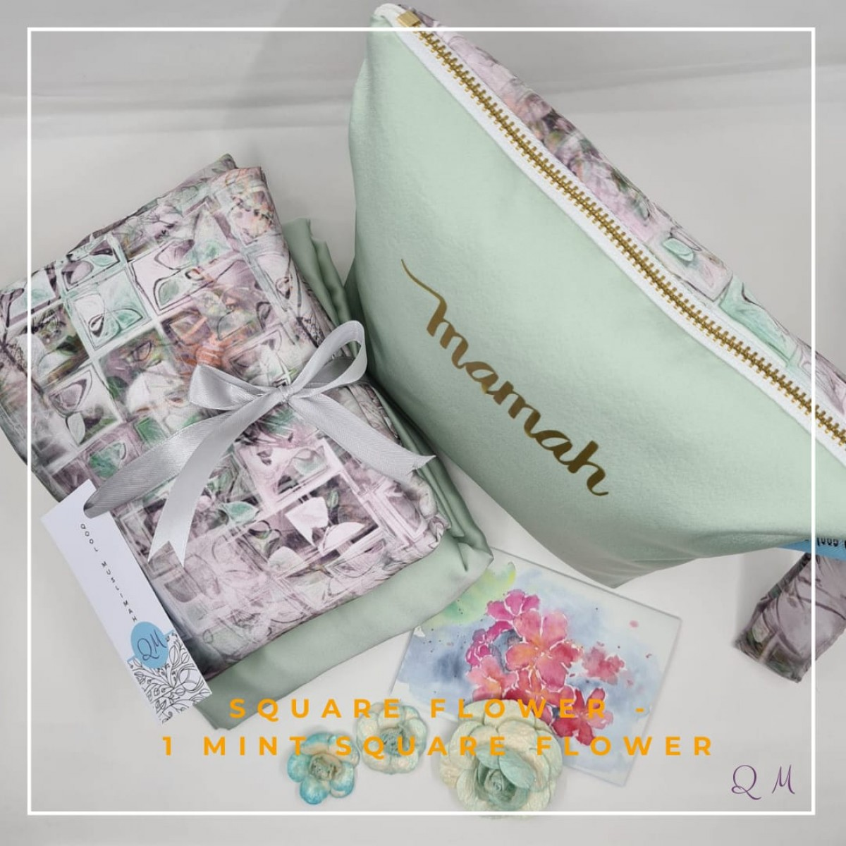 P7.Telekung/Mukena Armani Silk Square Floral - Mint Square Floral - Qool Muslimah