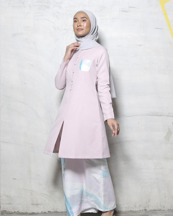 Adrianna Yariqa -  Women's Slim Kurung in Lilac - Virtual CelebFest