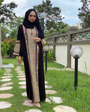 YC TURKISH NAZEERA JUBAH - BROWN  - Virtual CelebFest
