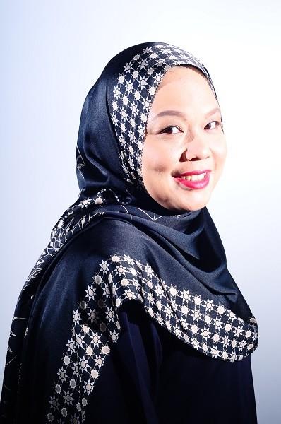 Maryam Amelie : Medina V2 Shawl Satin (Black Gold) - Virtual CelebFest