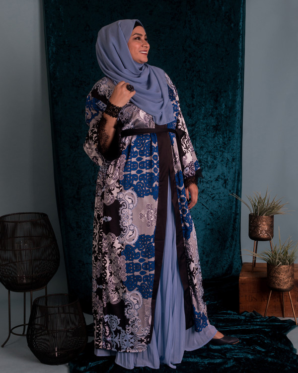 Zaryluq - Baroque Lace Abaya in Blue Orchid - Virtual CelebFest