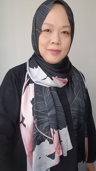 Maryam Amelie : Hibiscus Shawl Satin (Onyx) - Virtual CelebFest