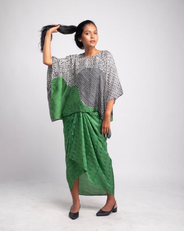 Aliah Abdat - Short Butterfly Kori (Green) - Virtual CelebFest