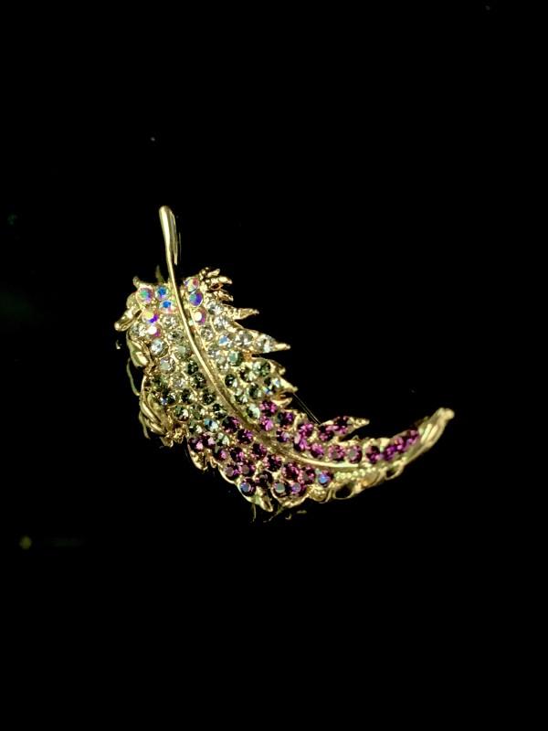 Ozel Jewellery Feather Brooch - Virtual CelebFest
