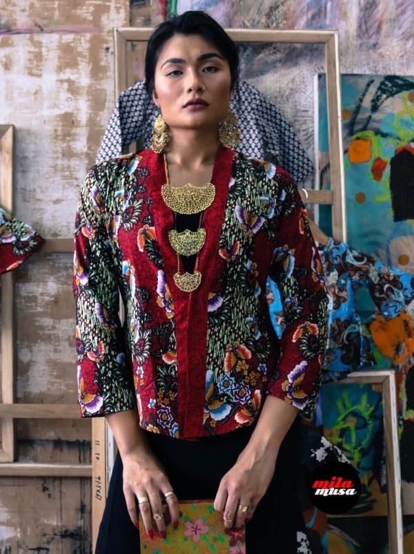 Mila Musa Princess Kebaya English Cotton Batik in Red - Virtual CelebFest