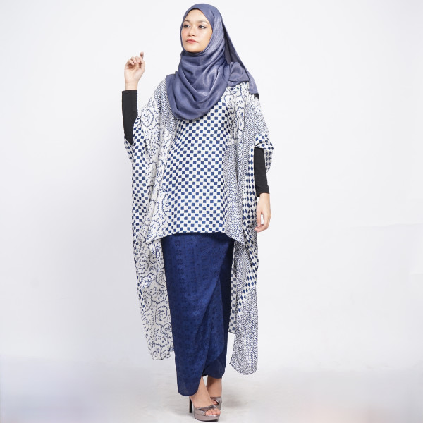 Aliah Abdat - Hi-Low Mingle (Navy Blue) - Virtual CelebFest