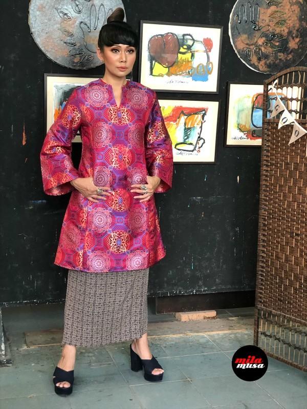 Mila Musa - Princess Pahang Red Brocade - Virtual CelebFest