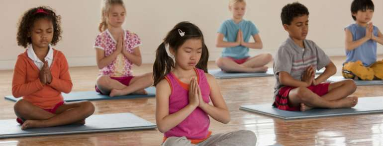 12 studios offering yoga for kids in Singapore to develop their mental well-being from young