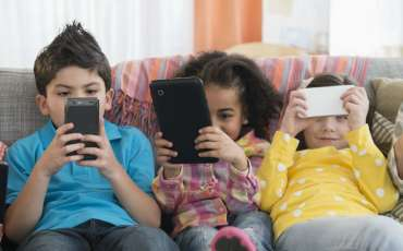 Research: Social media may have benefits for kids
