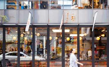 12 places to shop in Seoul for clothes that even locals love. We have insider's tips!