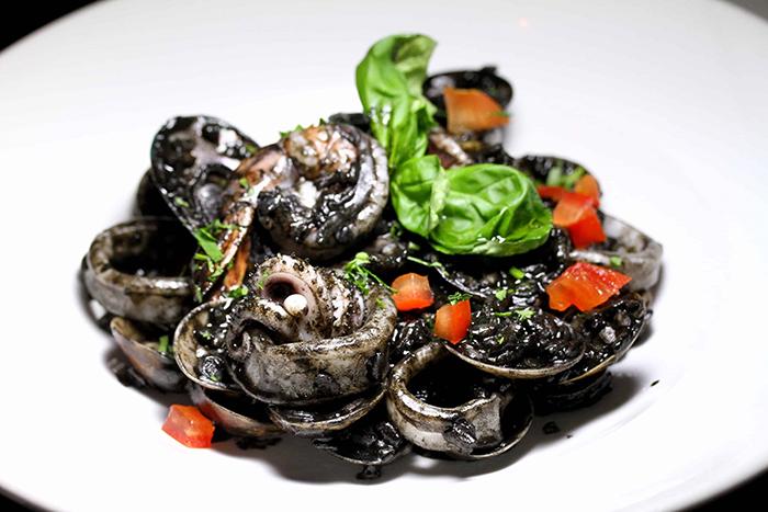 17-best-pasta-restaurants-cacio-e-pepe-squid-ink-pasta