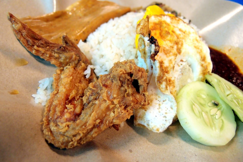 affordable-supper-places-singapore-boon-lay-power-nasi-lemak