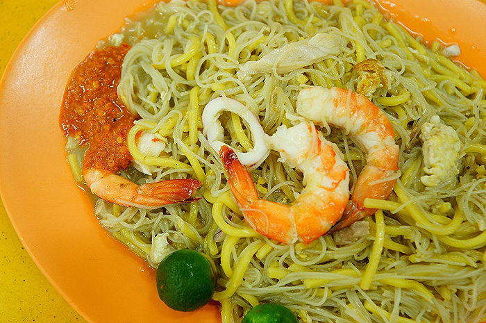 affordable-supper-places-singapore-yi-ji-fried-hokkien-prawn-mee