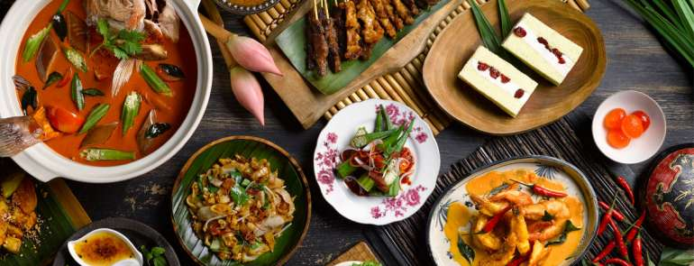 This buffet features a DIY rojak station, and a spread of other local favourites — at only S$38 per person!