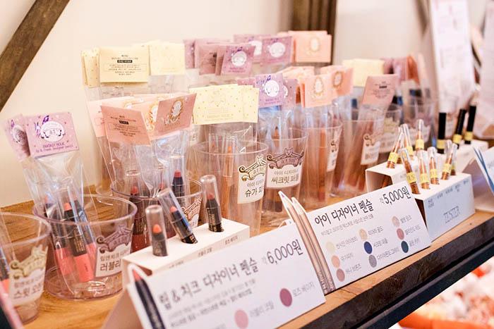 best-seoul-cafes-at-fox-makeup