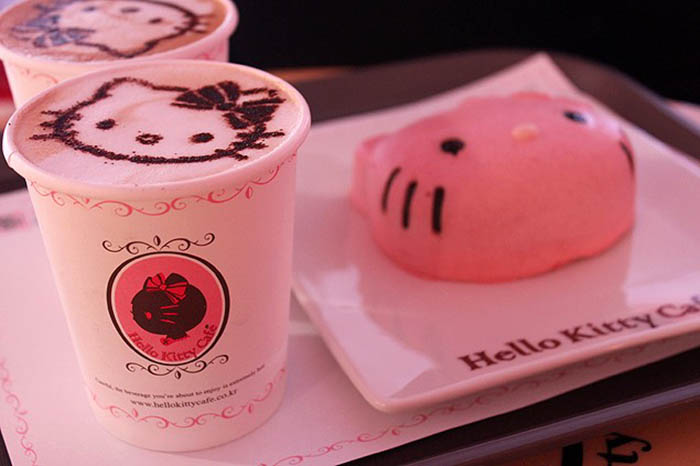 best-seoul-cafes-hello-kitty-cafe-food